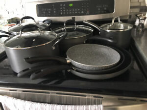 Cookware 6 piece set-NEVER USED!