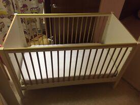 Mamas and Papas Baby Cot Bed including mattress