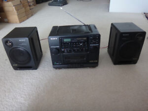 SONY CFD-442 CD AM/FM Radio Portable Stereo Boombox