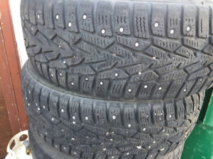 "15"" studded winter tires"