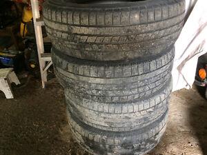 215 70 R16 Pirelli Scorpion