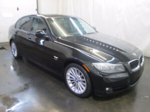 2011 BMW 328i xDrive Édition Classic Berline ***WOW - LUXE***