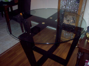 ****Dining Table*** LOWERED PRICE