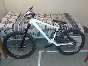 MUST SELL! KONA DOWNHILL BIKE!