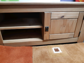 Mexican pine Tv unit and side unit