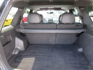 2010 Ford Escape Limited 4WD Peterborough Peterborough Area image 12