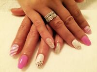 Pose d'ongles a St Michel