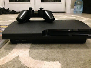 PS3 160GB COMES WITH CONTROLLER AND 4 GAMES