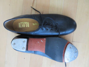 Nearly new Bloch ladie tap shoes with taps