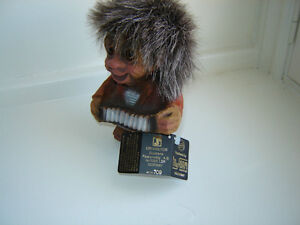 Ny Form Troll - Accordion player #709 - Discontinued London Ontario image 2