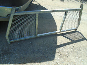 cab guard to fit pick up truck