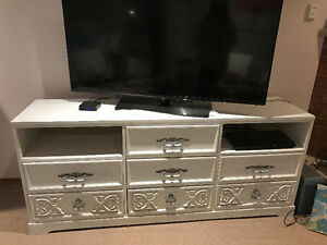 White chalk painted TV stand