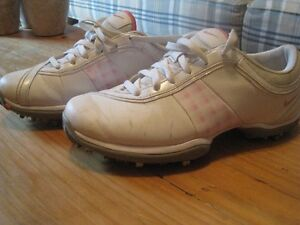 Women's Nike Golf Shoes