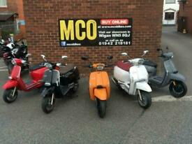 Lambretta V 50cc Special Modern classic Automatic scooter moped learner Legal