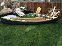 Canoe for sale $200 comes with 3 paddles