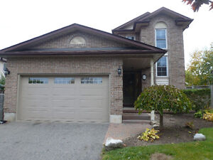 3 BEDROOM HOUSE FOR RENT IN BOWMANVILLE - JUNE 1st