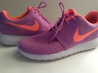 Nike Roshe Run One Breeeze- pink and purple trainers
