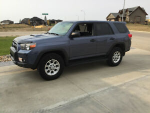 2012 Toyota 4Runner Trail Edition SR5 SUV, Crossover