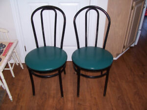 Pair of Vintage Metal Ice Cream Parlor Chairs For sale