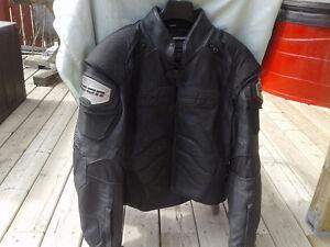 Icon Tim ax black leather jacket size large