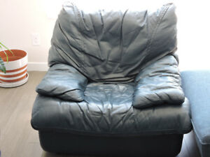 GENUINE LEATHER ARMCHAIR FOR ONLY $50!