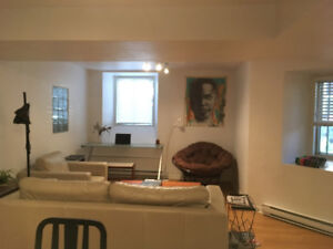 2BR PERFECT location- Lease Transfer