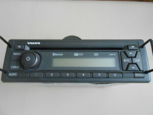 Volvo Delphi CD Radio w/ MP3 & Bluetooth