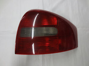 Audi Taillight Passenger Side / Right 4B5945096A 1998-2001 A6/A6