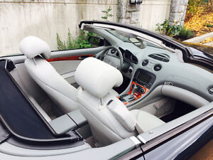 2005 Mercedes-Benz SL-Class 5.0L Coupe (2 door) Great condition! North Shore Greater Vancouver Area image 5