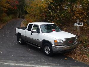 1999 GMC Sierra 2500 LIKE NEW' HARD TO BELIEVE < CHECK IT OUT