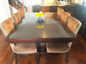 Solidwood Dining Table & 6 Chairs
