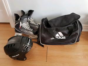 Bauer Vapor X:15 size 9D (fits size 10.5 shoe), helmet and bag