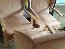 3x armchairs in very good condition
