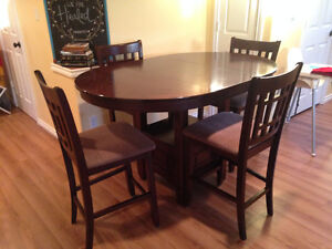 Dining Table and 6 Chairs! (Ashley Furniture)