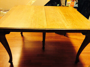 Reduced! Need the space! Antique Oak Dining Table and Chairs