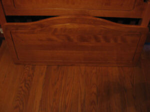 SINGLE BED HEAD BOARD AND FOOT BOARD SOLID WOOD Cambridge Kitchener Area image 4