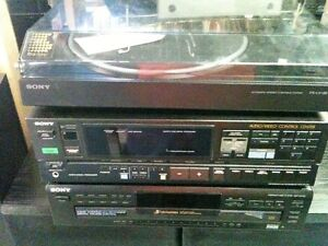 SONY Receiver SONY Turntable SONY CD & Sound Dynamics Speakers