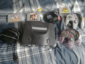 Nintendo 64 bundle w/ 2 controllers, 3 games, all cables.