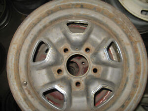 set of 4 Olds Cutlass 442 rally wheeels, 14X7, sell trade