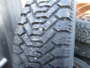 Rims and Snow tires only used 1 season 195 / 60 / 15 x 4 x 108 m
