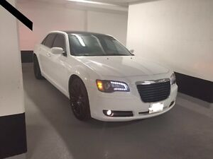2012 Chrysler 300s top edition 16500