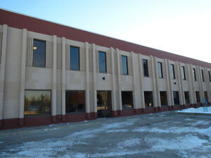 NW Industrial Office & Warehouse Space for Lease 5095 Sq Ft