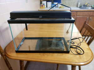 30 gallon tank/heater pad/light fixture hood
