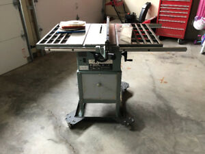 "Brettwood/King KC-10RC 10"" Table Saw"
