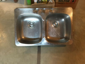 Two Bowl Stainless Steel Kitchen Sink Strathcona County Edmonton Area image 1