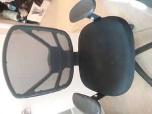 Great computer swival chair