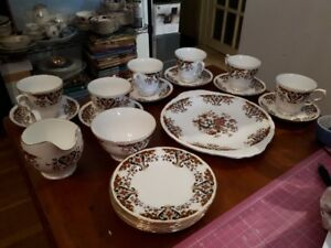 "Colclough ""Royale"" dessert set for 6"