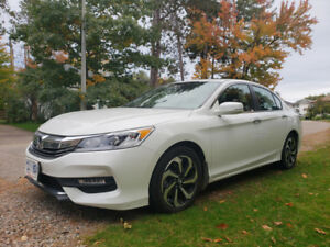 2017 Honda Accord 4V E-XL Lease takeover
