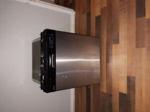 Dishwasher to sell ASAP