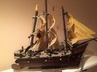 HAND MADE YACHET/SCHOONER WITH SAILS AND DETAILS